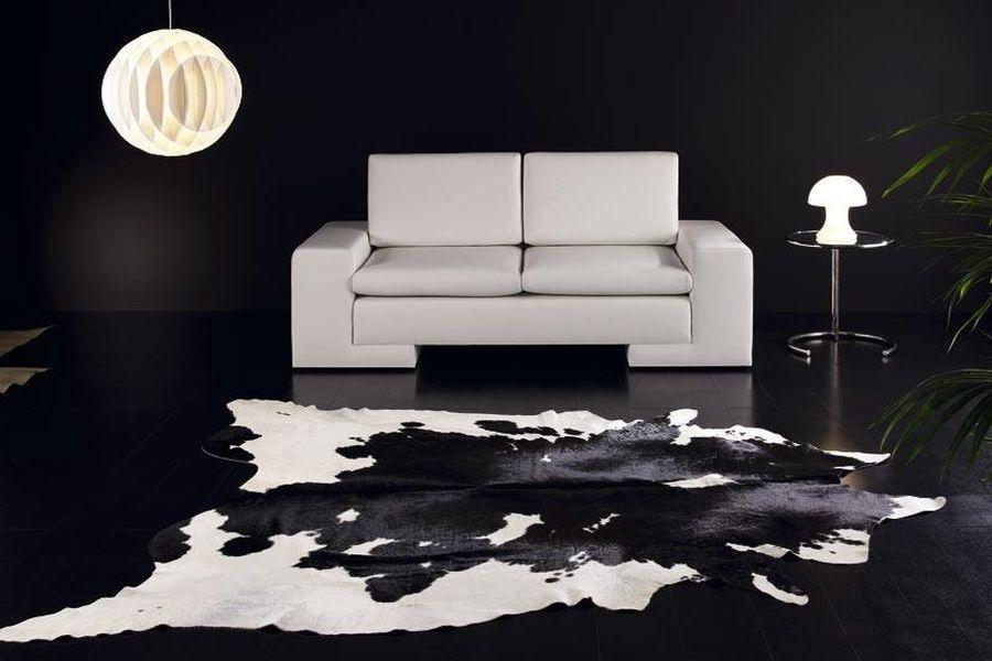 Шкура черно белая в интерьере от интернет магазина Эль Гаучо